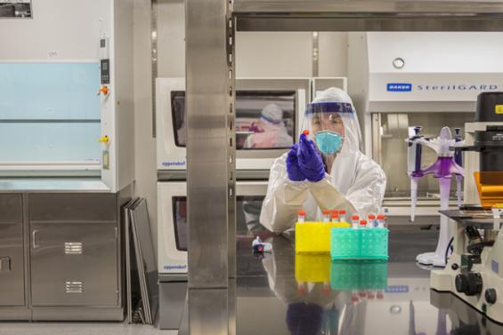 노벨상 수상자가 만든 감염력 없는 바이러스 복제품, 코로나19 연구 속도 높인다